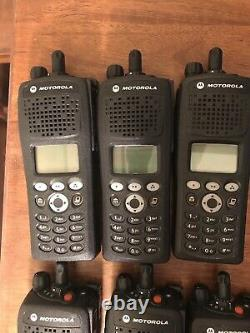 6 Frs Motorola Xts2500 M3 P25 FPP 380-470 Encrypted AES-256 Withbatts And Charger