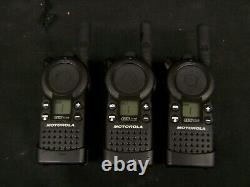 6 Motorola CLS1110 UHF Two-Way Radios Walkie Talkie Set with HCTN4002A Charger