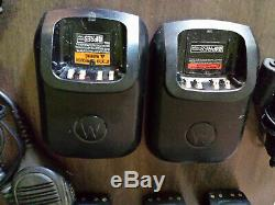 Industrial walkie talkie Motorola XPR6580 with chargers