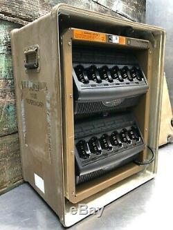-LOT of 4 NNTN7062A With Case- Motorola 6 Bank IMPRES Multi-Unit Charger SRX 2200