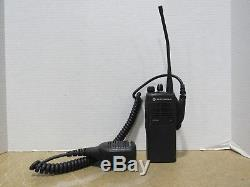 Lot of 4 Motorola HT750 AAH25RDC9AA3AN 16Ch Walkie-Talkie 2 Way Radio No Reserve