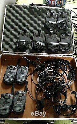 Lot of 4 Two Way Radio Walkie Talkie Motorola Talkabout Push To Talk NUE2571A