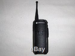 MINT Motorola DTR650 Digital On Site Portable 2 Way Radio 900MHz Walkie Talkie