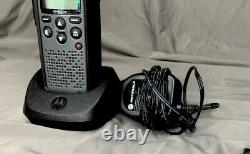 Motorola DTR 410 900MHz Digital Two Way Radio Portable Walkie Talkie with Charger