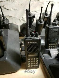 Motorola GTX 800 MHZ Radio with Charger H11UCD6CB1AN