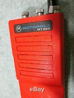 Rare Red Motorola Mt500 Vhf Railroad Radio Ghostbusters Cosplay Movie Prop