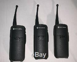 Walkie-talkie 3 Motorola DTR650 & 3 Motorola DTR700 Two-Way Radio. Tested&WORKING